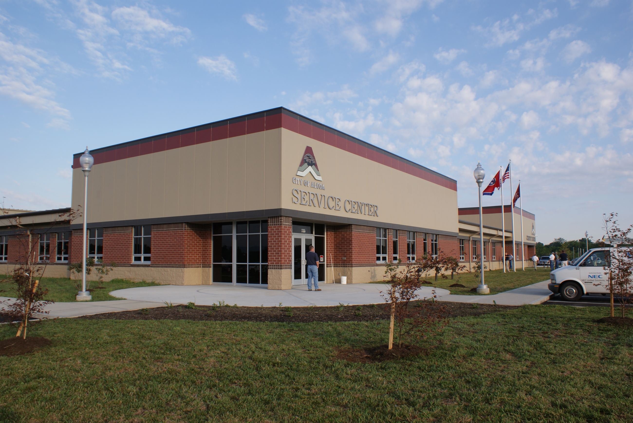 Picture of Service Center front